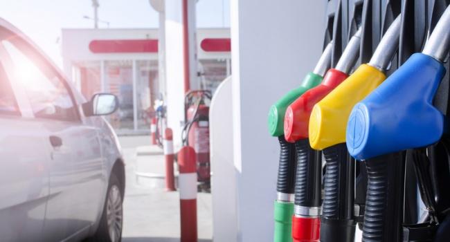 Специалист  спрогнозировал рост цен набензин идизтопливо иназвал причины