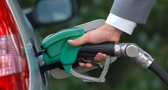 Эксперт предупредил о новом повышении цен на бензин