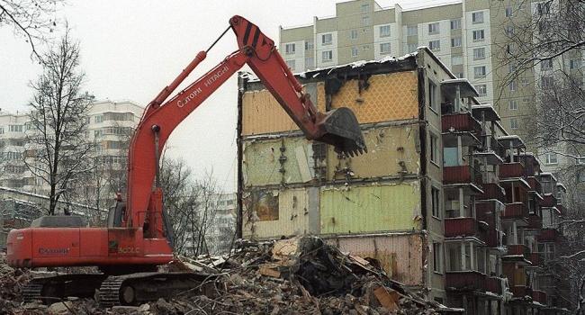 Власти Киева  планируют освободиться  от3 тыс.  старых домов