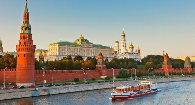 Журналіст: Київ просто завдає удару у відповідь