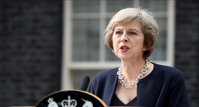 Премьер Великобритании сообщила вБрюсселе о значимости борьбы с«угрозой» РФ