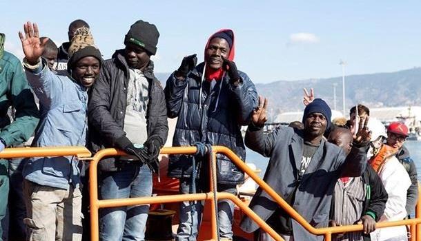 Германия обещает беженцам существенную сумму завозвращение на отчизну