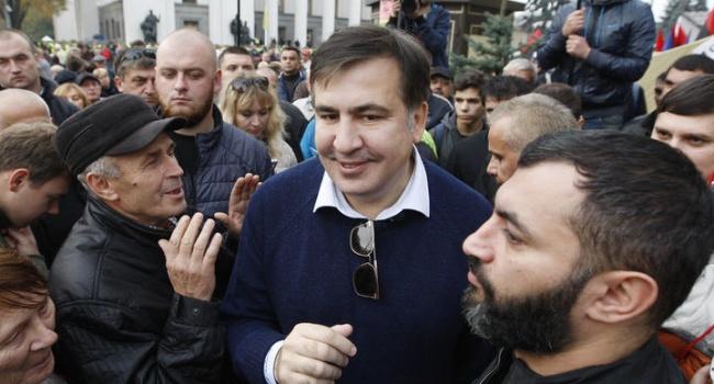 Саакашвили – журналистам: «Остаюсь под Радой с народом, пока не отправим этих фальсификаторов в отставку»