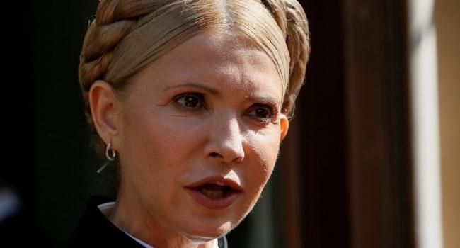 Тимошенко попросила Порошенко освободить Саакашвили