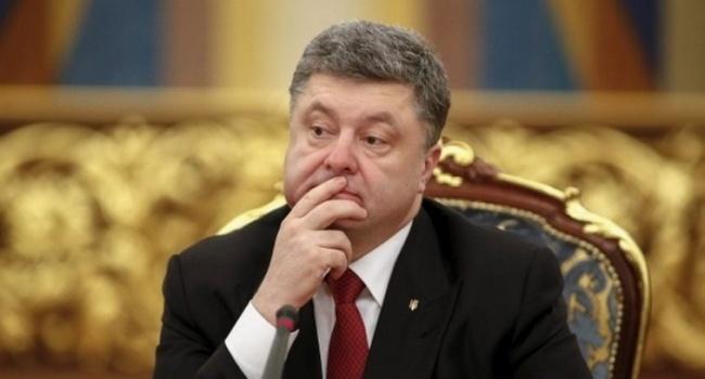 Блогер до выборов еще больше года а Порошенко уже перед выбором – либо имидж государства либо привет анархия и страна 404