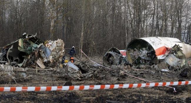 Польша нашла доказательствах взрывов наборту самолета— Смоленская трагедия