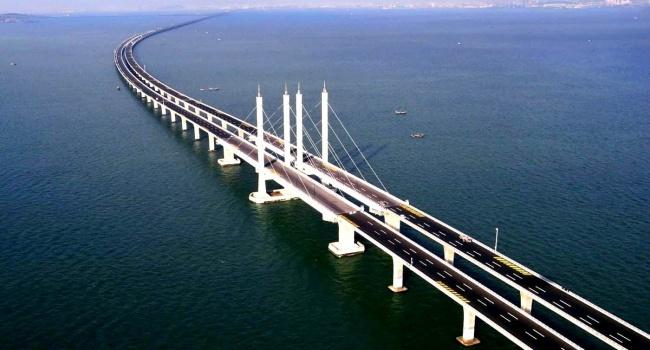Украина начала экспертизу возведения Россией Керченского моста