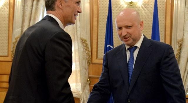 Турчинов объявил оготовности государства Украины красширению сотрудничества сНАТО