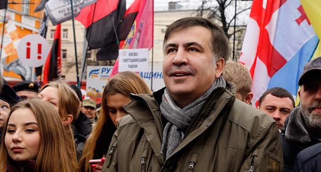 Саакашвили вызвал Порошенко напубличные переговоры