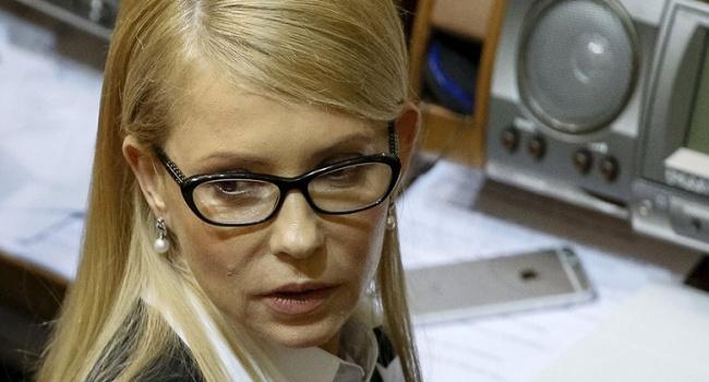 То нетрезвый, тодурной: Тимошенко вовсеуслышание отчитала Порошенко