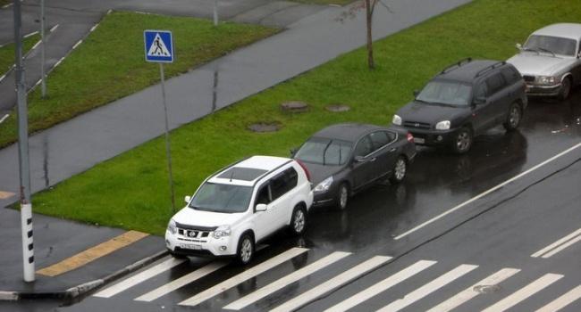 Рада позволила эвакуировать автомобили «героев парковки»