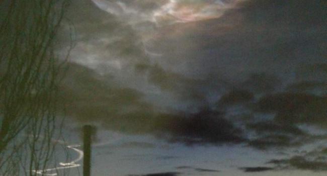 Жители юга России обсуждают в сети «самое красивое НЛО»
