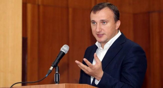 Народные избранники изКиевской области перед совещанием слушали гимн Российской Федерации