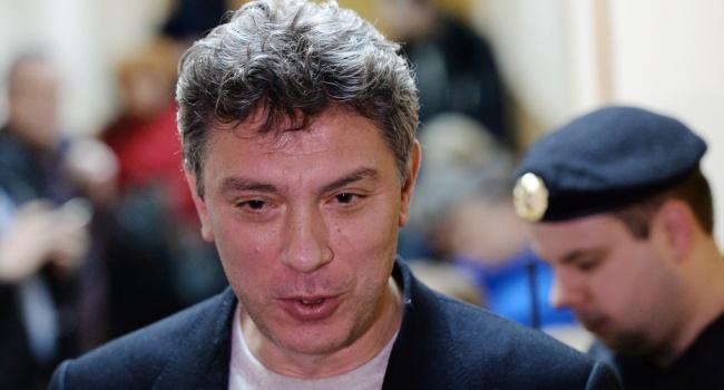 ПосольствоРФ вСША невыступит против переименования улицы вчесть Немцова
