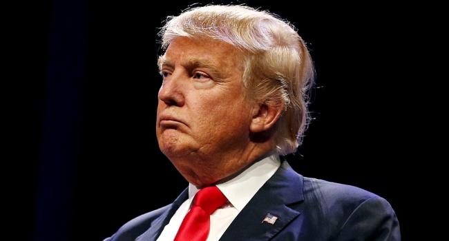 Трамп назвал своего прежнего стратега «потерявшим рассудок»