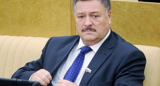 Порошенко: Украина соскочила сгазового крючка РФ