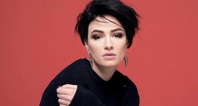 Известная украинская певица упрекнула артистов, предавших Родину