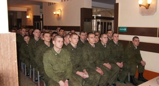ВЛенинградской области массово госпитализируют военнослужащих спневмонией