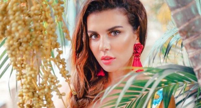 Эстрадную певицу Анну Седокову выгнали стаиландского острова вместе сдетьми
