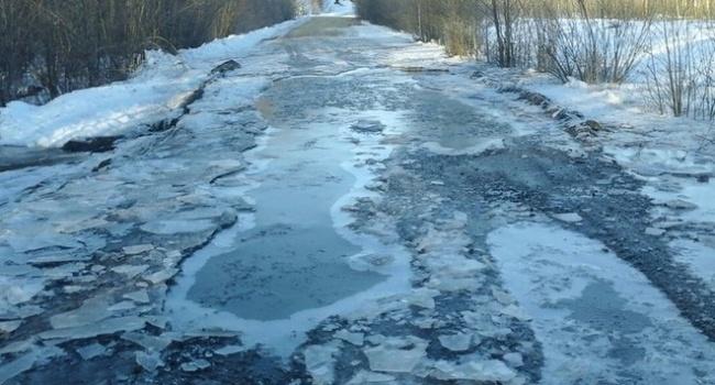 Водители на Львовщине отказываются возить пассажиров по «дороге смерти»