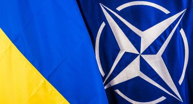 Опрос: Количество приверженцев вступления Украины вНАТО приближается к50%