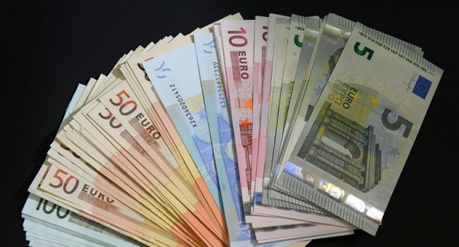 Названы самая высокая исамая низкая минимальные заработной платы вевропейских странах - Eurostat