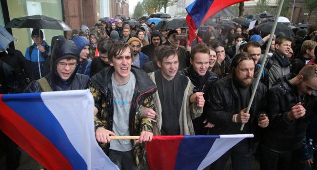 Марш памяти Бориса Немцова прошел встолице без эксцессов