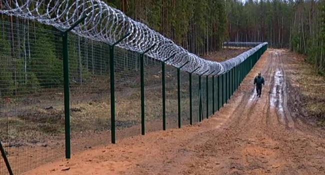 Польша ограждается от России забором