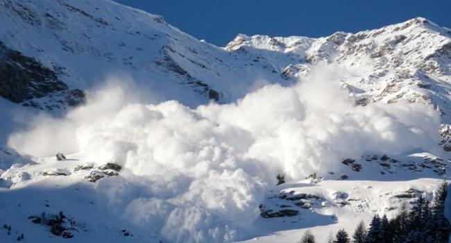 Синоптики объявили обопасности схода лавин вКарпатах