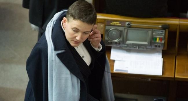Блогер: всем, кому смешно – Савченко имела допуск к документам особой важности