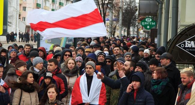 Арестович в Минске отметили 100-летие провозглашения БНР – это позитивный сигнал так как Москва не в восторге