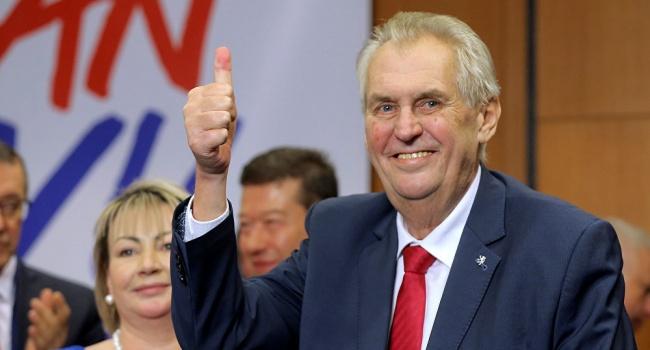 Президент Чехии попросил уЛондона свидетельства причастности столицы котравлению Скрипаля