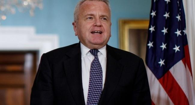 Экс-глава ЦРУ Помпео официально стал госсекретарем США вместо Рекса Тиллерсона