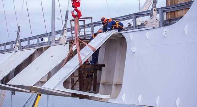 В сеть выложили новые снимки Крымского моста