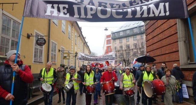 Журналист о митингах сторонников русского языка в Латвии: Мой вам совет: гоните их подальше. Причем сразу, без разговоров