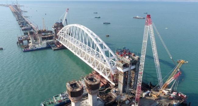 Журналист: «В РФ замалчивают заявления экспертов о Крымском мосте»