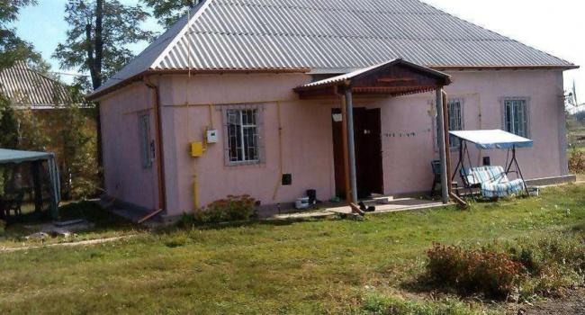 В селах под Киевом продают дешевые дома с землей