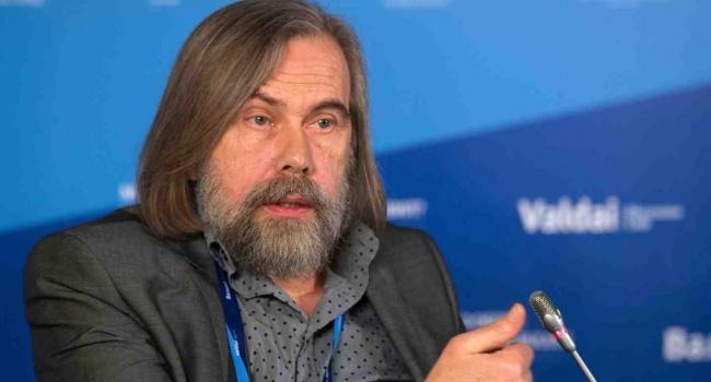Политолог: «40 процентов украинцев любят Россию»