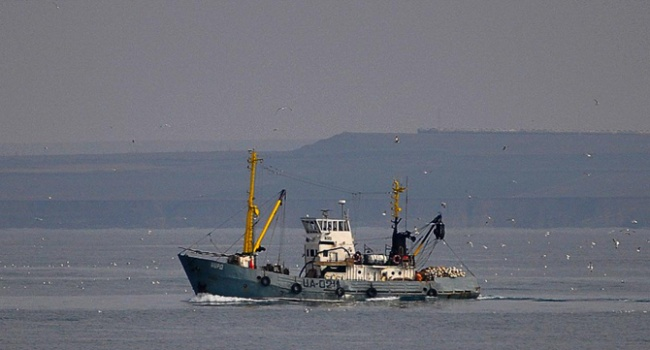 Два члена экипажа судна «Норд» убежали из Украины по выданным в генконсульстве РФ поддельным российским паспортам