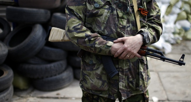 Боевик «ДНР» в Славянске сдался украинской полиции