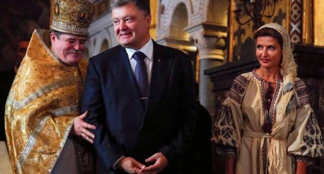 Корчинский: «Украинцам пора готовить иконы с изображением Порошенко»