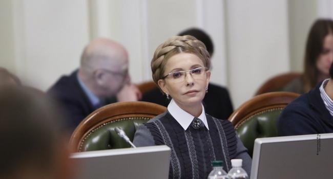 Тимошенко во второй раз обещает снизить тарифы по всей стране