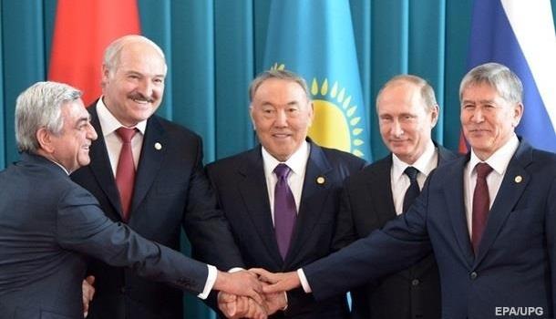 Постпред России обозначил сроки выхода Украины изСНГ