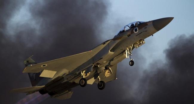 Ответ Израиля на 20 ракет: за ночь уничтожено половину военной инфраструктуры Сирии