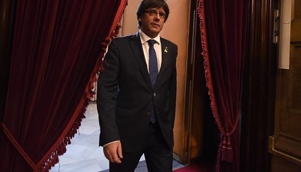 Парламент Каталонии всубботу начнет дебаты поновому премьеру