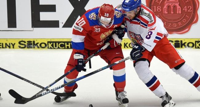 На ЧМ по хоккею сборная России потерпела первое поражение