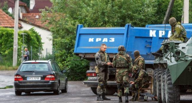 ВМукачево столкнулись две боевые машины— пострадали четверо военных