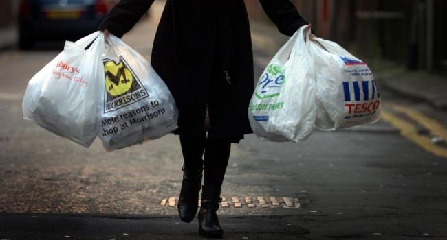 ООН: Каждую минуту в мире используются 10 миллионов целлофановых пакетов