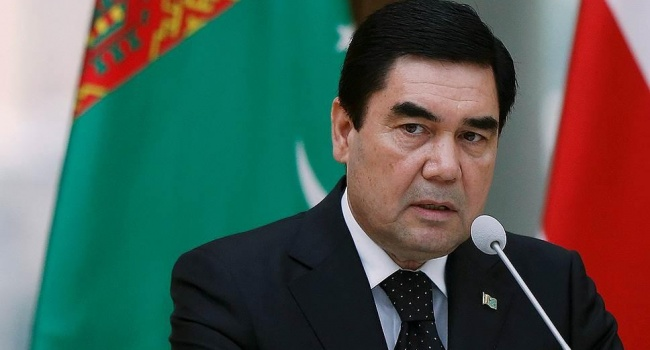 В Туркменбаши милиция начала рейд по поиску портретов главы государства Гурбангулы Бердымухамедова в уборных