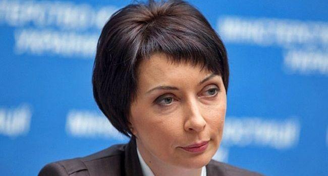 Соратница Януковича уверена, что в Украине – голод, голое-босое население радо бы сдаться России, но жестокая власть не пускает